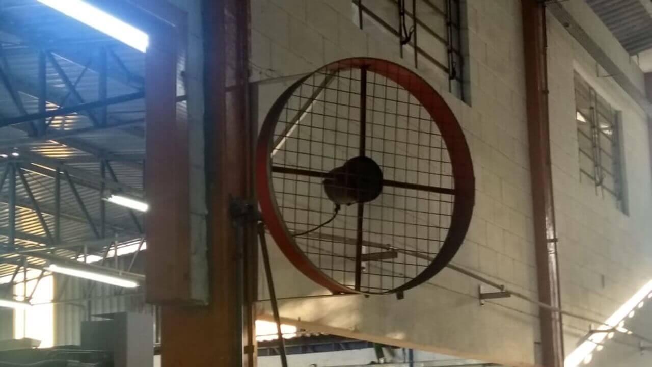 Ventilador Industrial para Academia